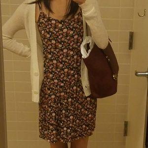 Vintagey Floral dress super cute
